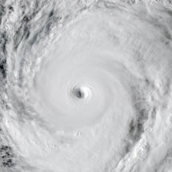 Le super typhon Hagibis menace le Japon